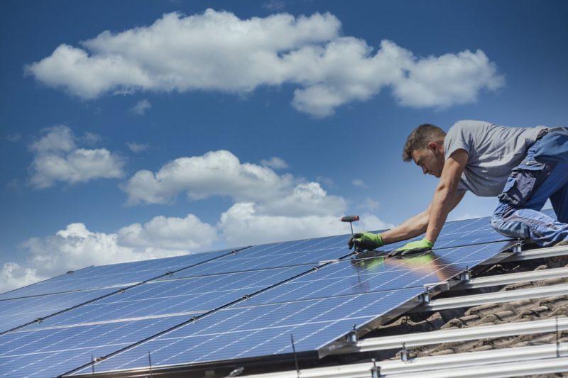 FAQ : Comprendre la production photovoltaïque et ses obligations